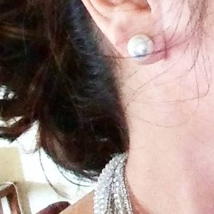 STATEMENT WHITE PEARL STUDS 9MM
